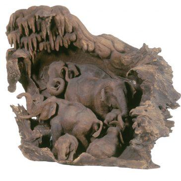 Märchenfiguren aus dem Daetz-Centrum 11: Die Elefantengruppe
